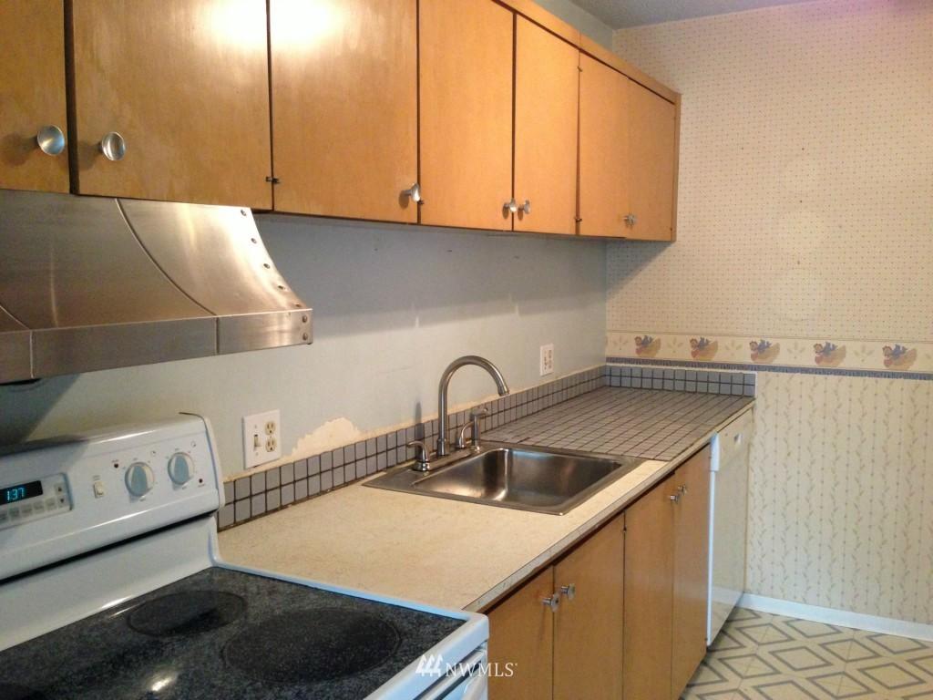 Sold Property | 308 E Republican Street #605 Seattle, WA 98102 1