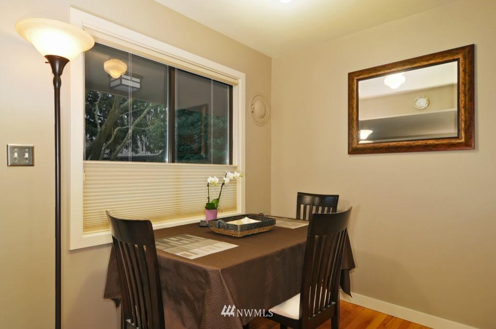 Sold Property | 10021 7th Avenue NW #B Seattle, WA 98177 3