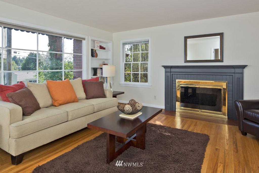 Sold Property   7337 20th Avenue NE Seattle, WA 98115 1