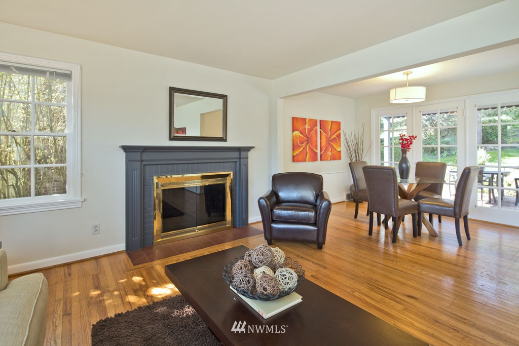 Sold Property   7337 20th Avenue NE Seattle, WA 98115 2