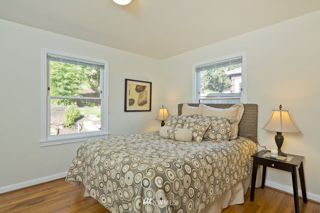 Sold Property   7337 20th Avenue NE Seattle, WA 98115 7
