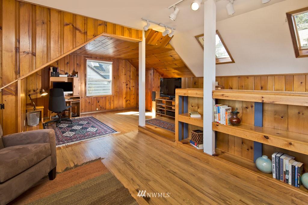 Sold Property   7337 20th Avenue NE Seattle, WA 98115 8