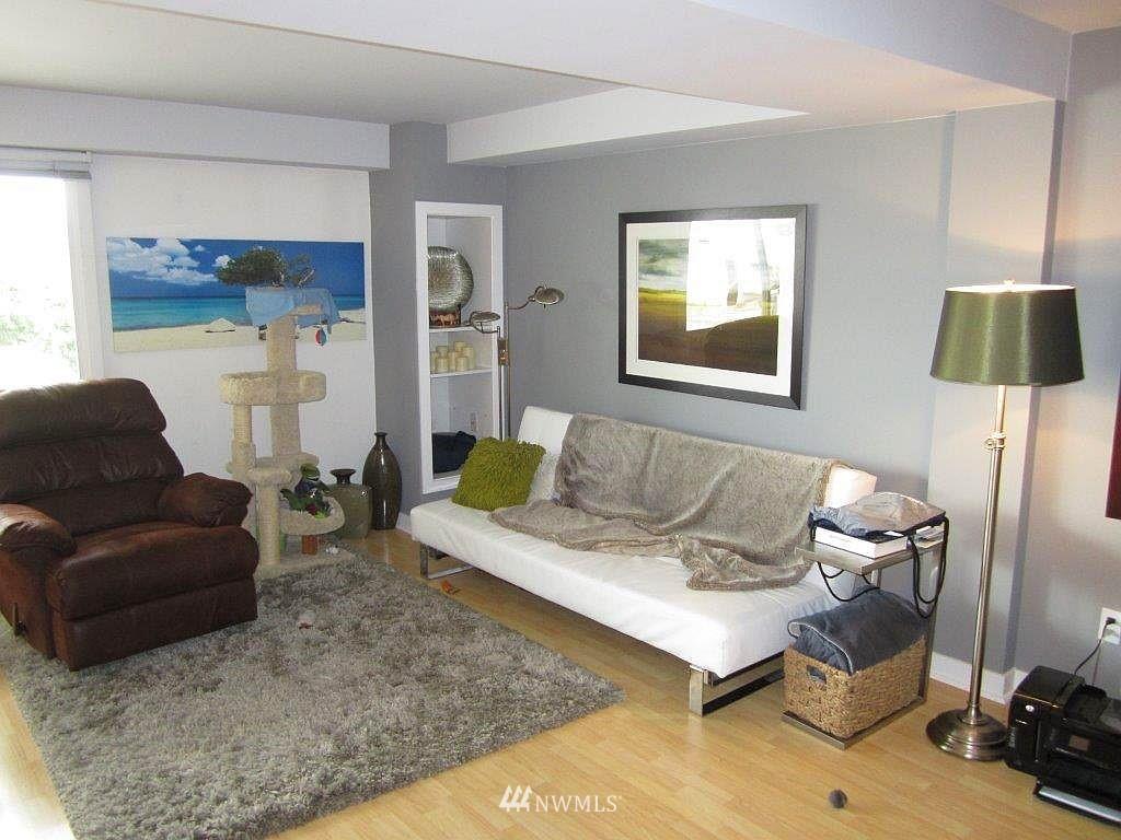 Sold Property | 1601 Taylor Avenue N #203 Seattle, WA 98109 4