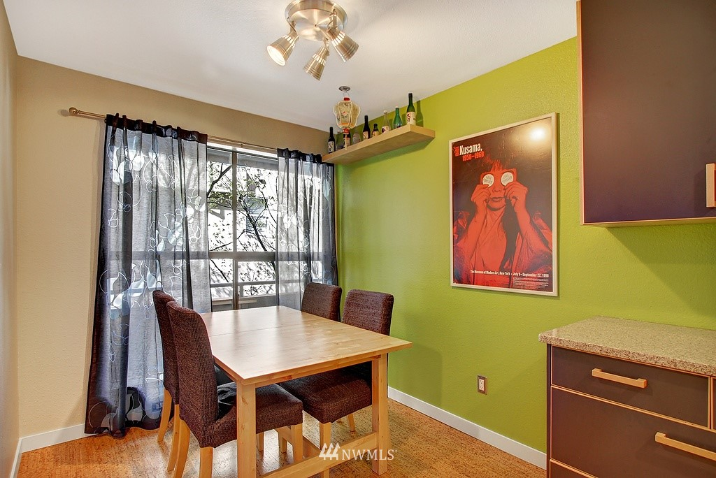 Sold Property | 3655 Albion Place N #2 Seattle, WA 98103 2