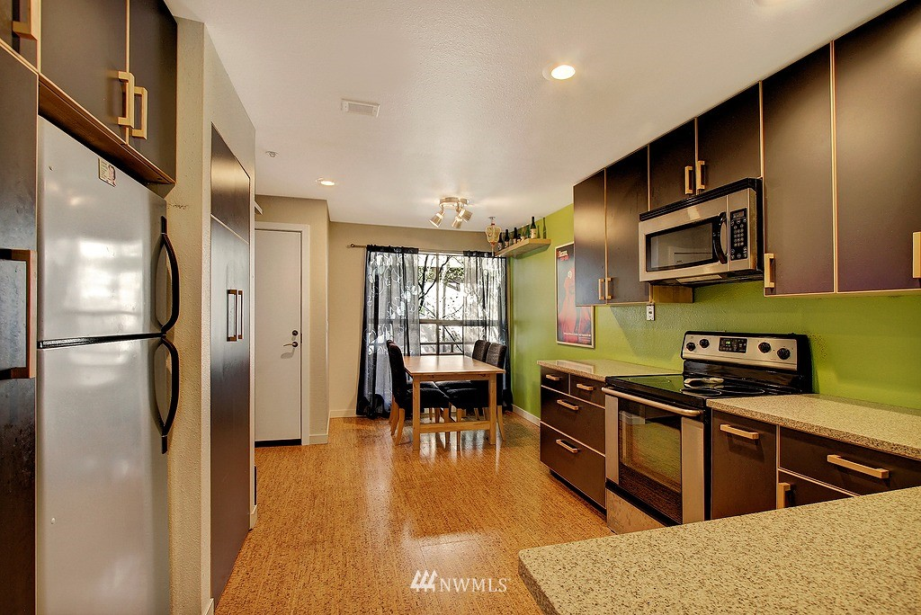 Sold Property | 3655 Albion Place N #2 Seattle, WA 98103 3