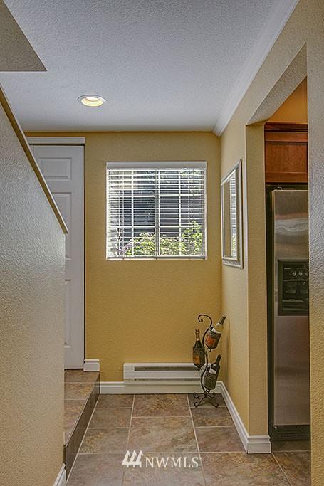 Sold Property   15600 116th Avenue NE #H4 Bothell, WA 98011 9