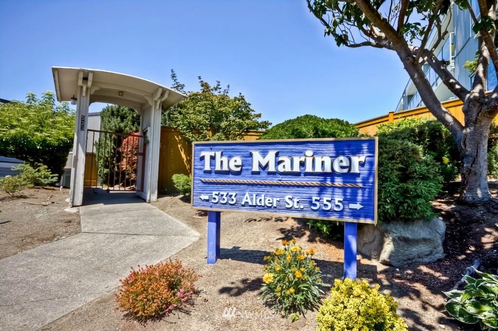 Sold Property | 555 Alder Street #B-7 Edmonds, WA 98020 2