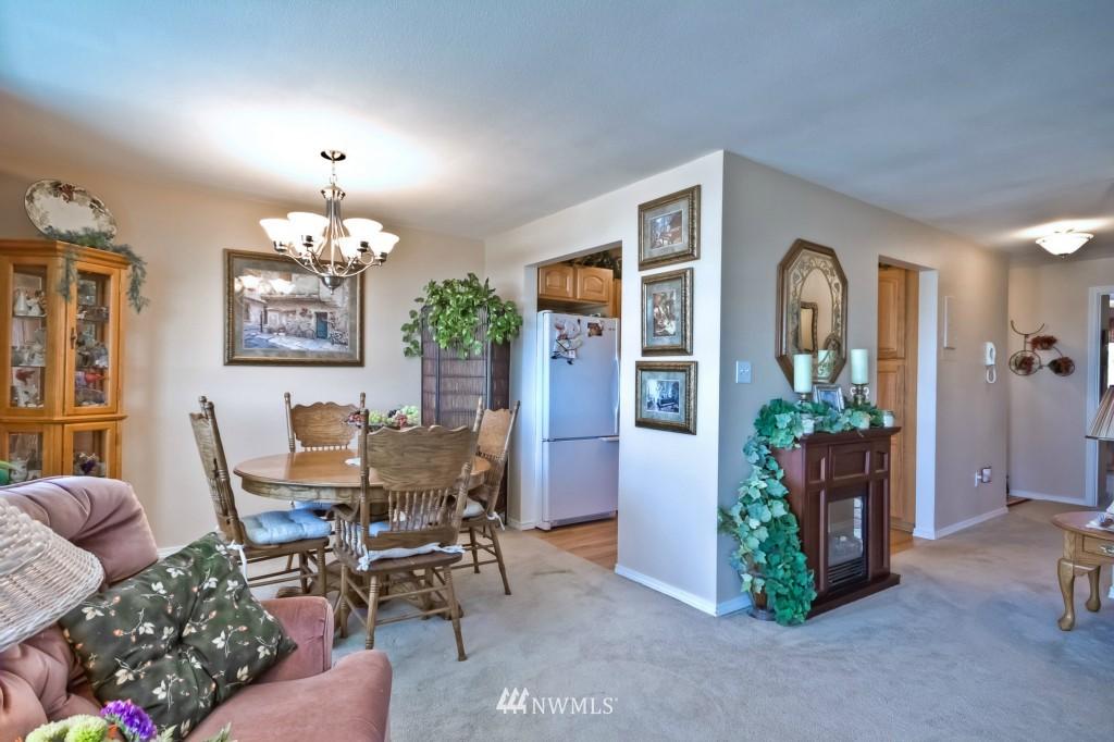 Sold Property | 555 Alder Street #B-7 Edmonds, WA 98020 7