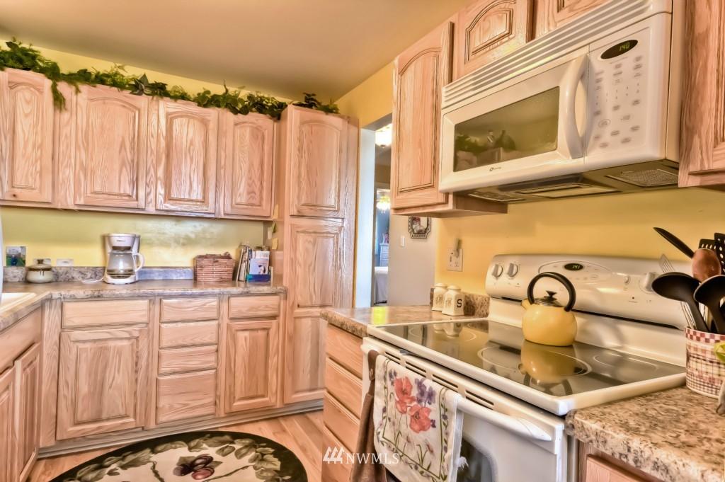 Sold Property | 555 Alder Street #B-7 Edmonds, WA 98020 9