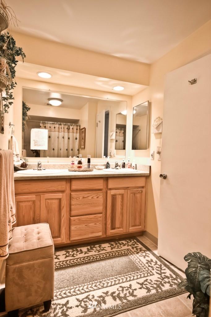 Sold Property | 555 Alder Street #B-7 Edmonds, WA 98020 11