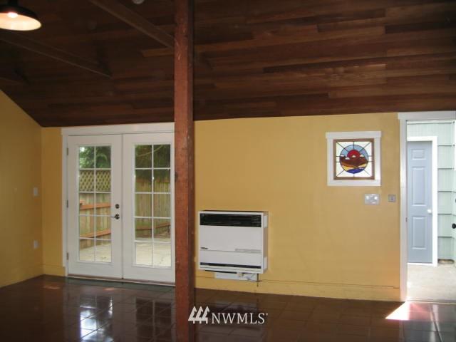 Sold Property | 2529 NE 134th Street Seattle, WA 98125 6