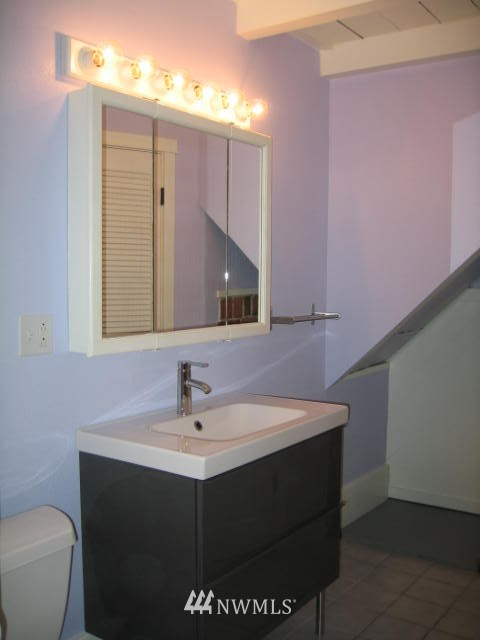 Sold Property | 2529 NE 134th Street Seattle, WA 98125 8