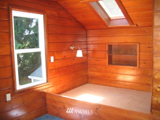 Sold Property | 2529 NE 134th Street Seattle, WA 98125 12