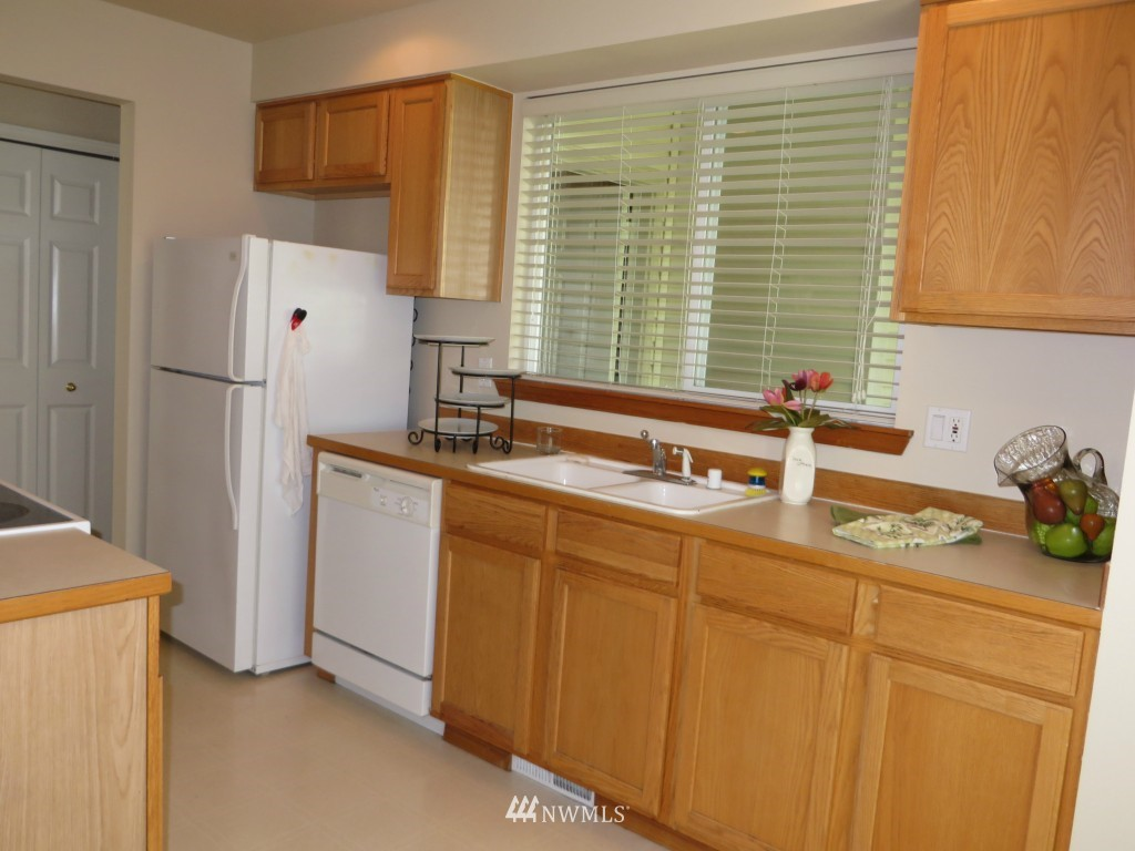 Sold Property | 2201 192nd Street SE #M1 Bothell, WA 98012 7