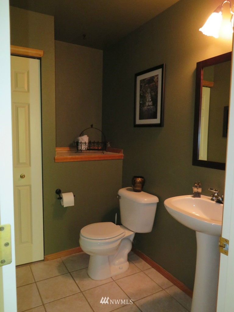 Sold Property | 2201 192nd Street SE #M1 Bothell, WA 98012 8
