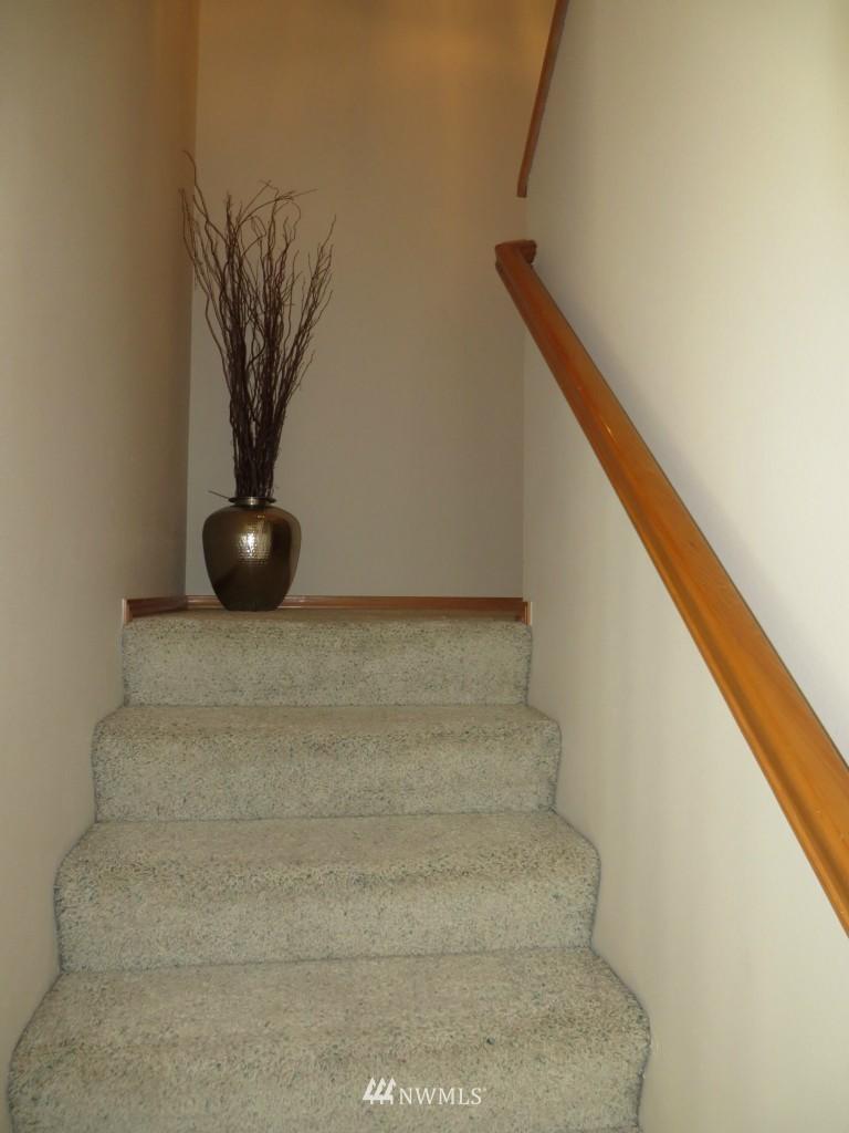 Sold Property | 2201 192nd Street SE #M1 Bothell, WA 98012 9