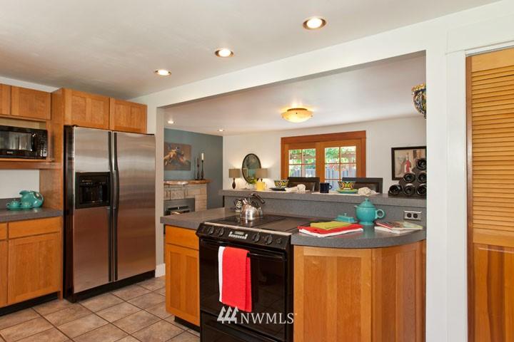 Sold Property | 4706 227th Street SW Mountlake Terrace, WA 98043 9