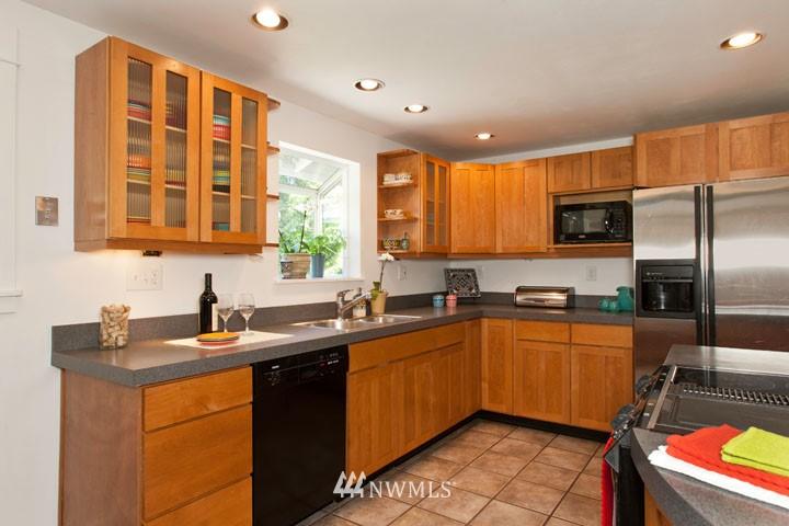 Sold Property | 4706 227th Street SW Mountlake Terrace, WA 98043 10