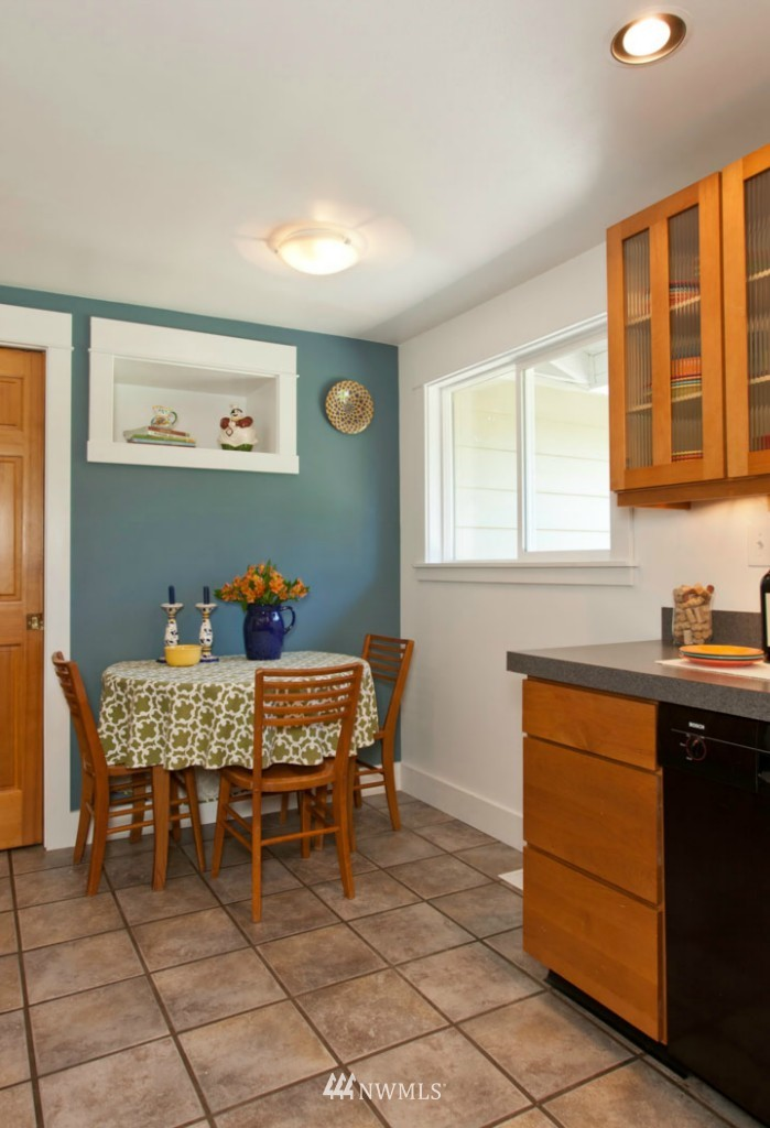 Sold Property | 4706 227th Street SW Mountlake Terrace, WA 98043 11