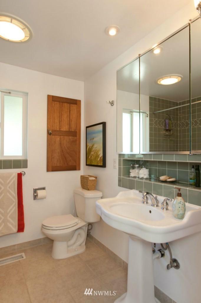 Sold Property | 4706 227th Street SW Mountlake Terrace, WA 98043 12