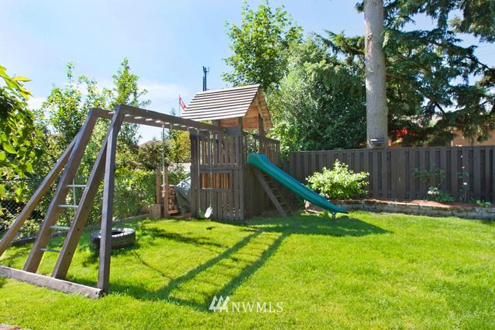 Sold Property | 4706 227th Street SW Mountlake Terrace, WA 98043 22