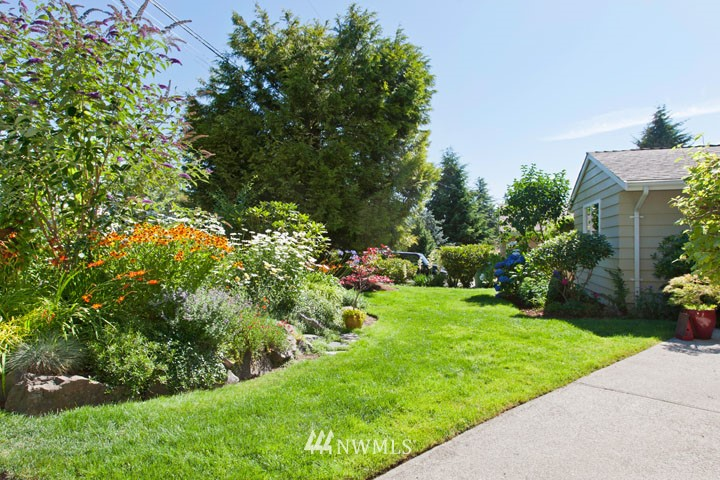 Sold Property | 4706 227th Street SW Mountlake Terrace, WA 98043 24