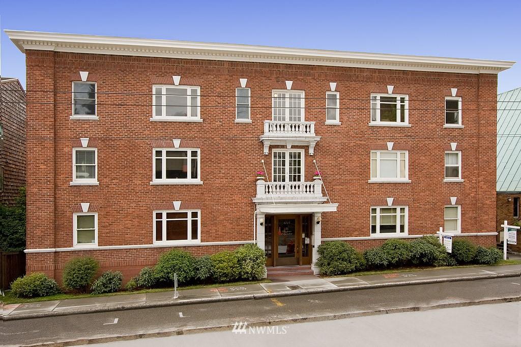 Sold Property | 4725 15th Avenue NE #22 Seattle, WA 98105 0