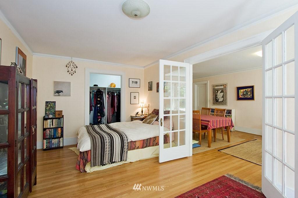 Sold Property | 4725 15th Avenue NE #22 Seattle, WA 98105 4