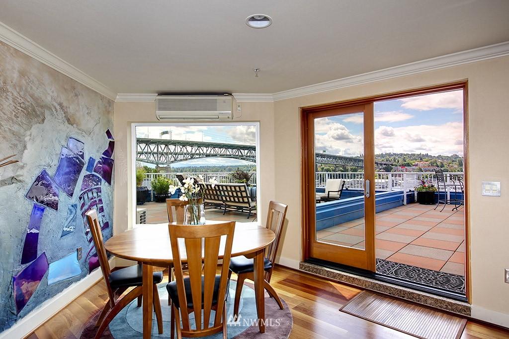 Sold Property   3919 Latona Avenue NE #305 Seattle, WA 98105 6