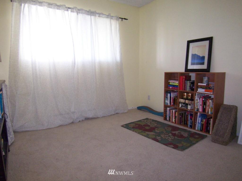 Sold Property | 7924 212th Street SW #201 Edmonds, WA 98026 9