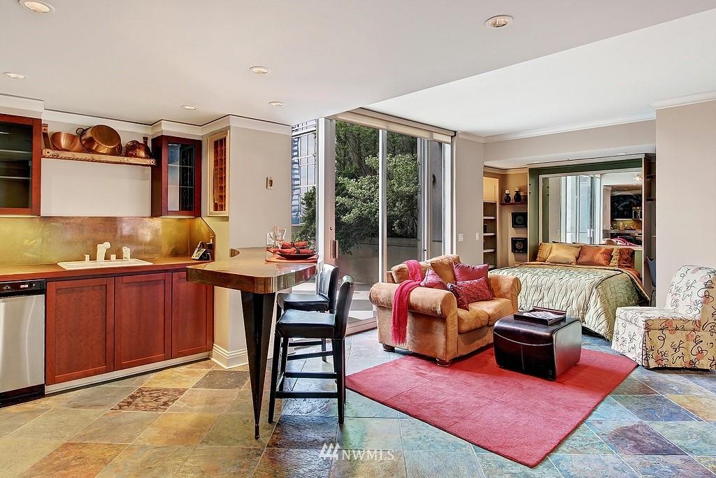 Sold Property | 2000 1st  Avenue #501 Seattle, WA 98121 3
