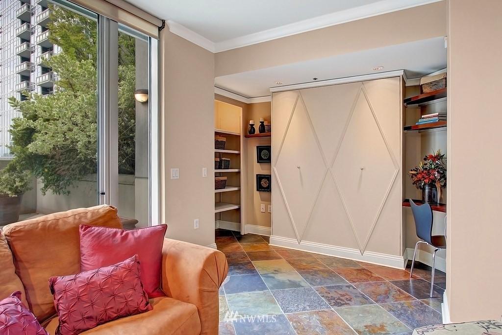 Sold Property | 2000 1st  Avenue #501 Seattle, WA 98121 5