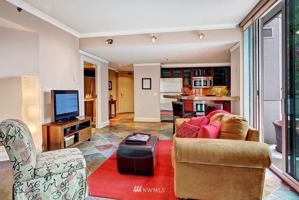 Sold Property | 2000 1st  Avenue #501 Seattle, WA 98121 6