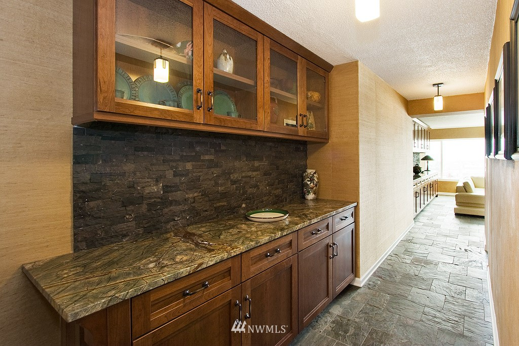 Sold Property   308 E Republican Street #614 Seattle, WA 98102 5