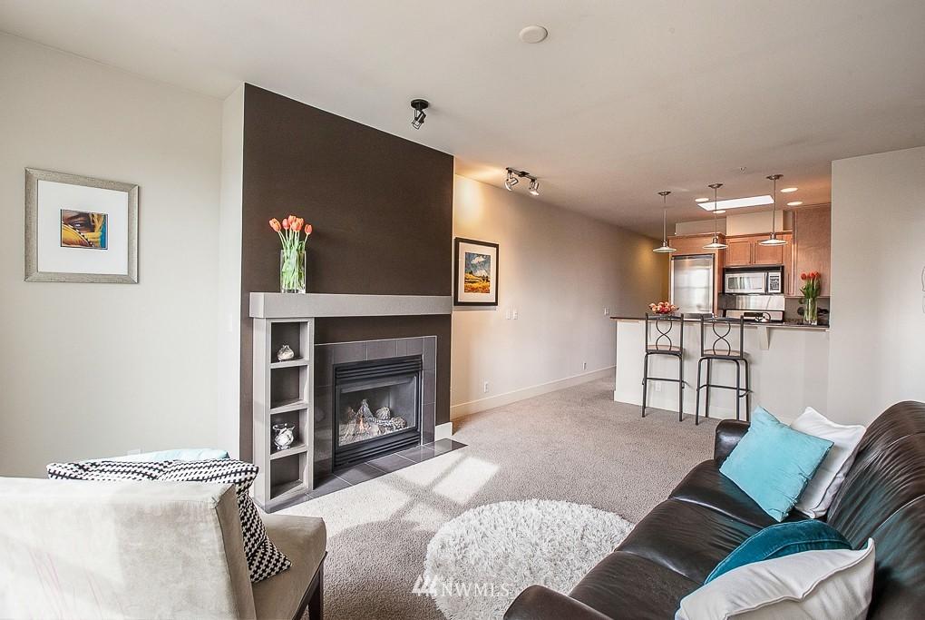 Sold Property | 401 NE 71 Street #605 Seattle, WA 98115 2