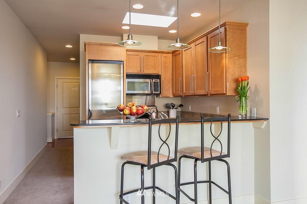 Sold Property | 401 NE 71 Street #605 Seattle, WA 98115 6