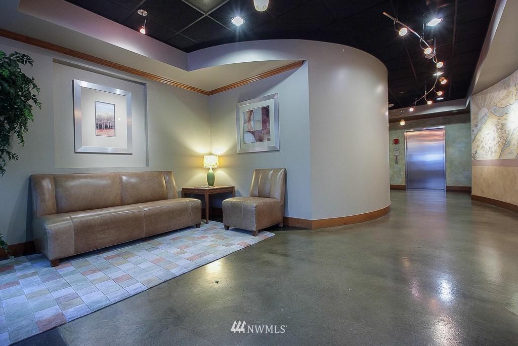 Sold Property | 401 NE 71 Street #605 Seattle, WA 98115 13