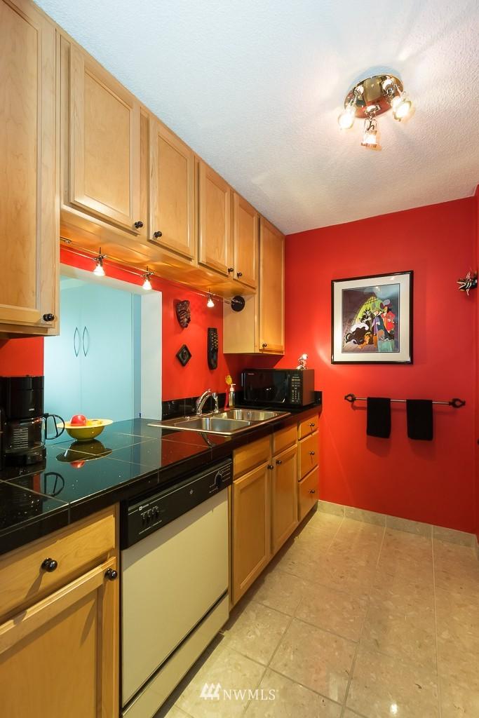 Sold Property | 308 E Republican Street #808 Seattle, WA 98102 6