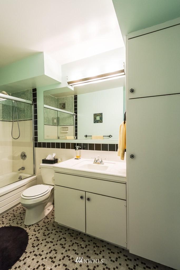 Sold Property | 308 E Republican Street #808 Seattle, WA 98102 9