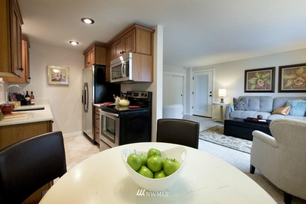 Sold Property | 4111 Whitman Avenue N #101 Seattle, WA 98103 5