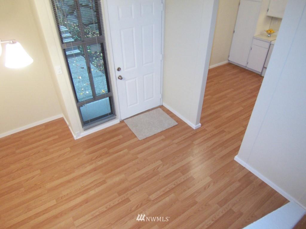 Sold Property | 14911 123rd Avenue NE Kirkland, WA 98034 3