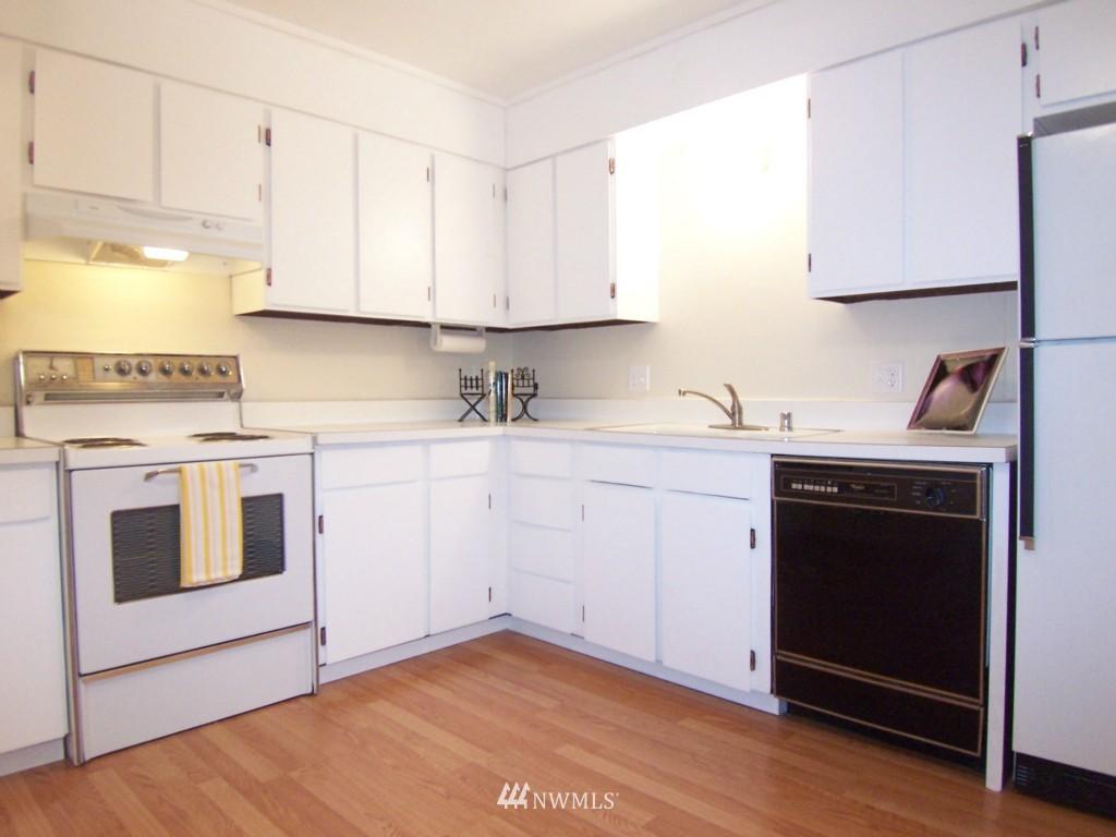 Sold Property | 14911 123rd Avenue NE Kirkland, WA 98034 5