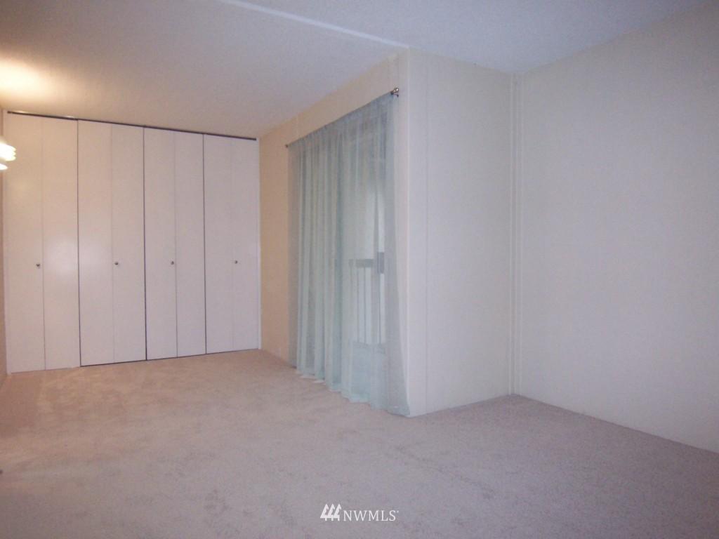 Sold Property | 14911 123rd Avenue NE Kirkland, WA 98034 8
