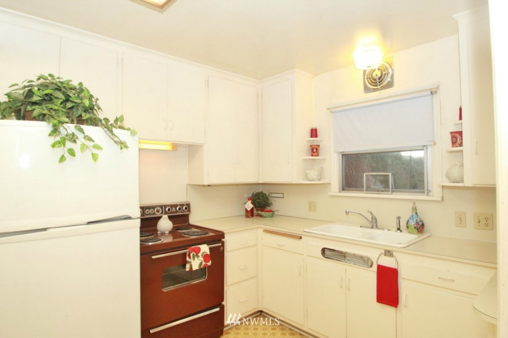 Sold Property | 1626 10th Street Marysville, WA 98270 1