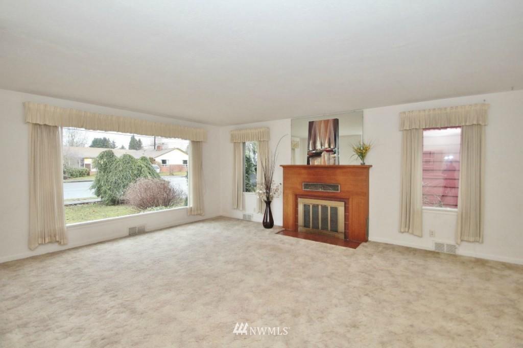 Sold Property | 1626 10th Street Marysville, WA 98270 2