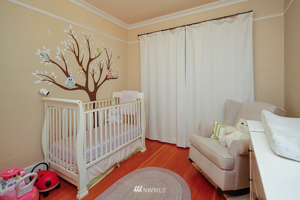 Sold Property | 1113 NE Ravenna Boulevard Seattle, WA 98105 8