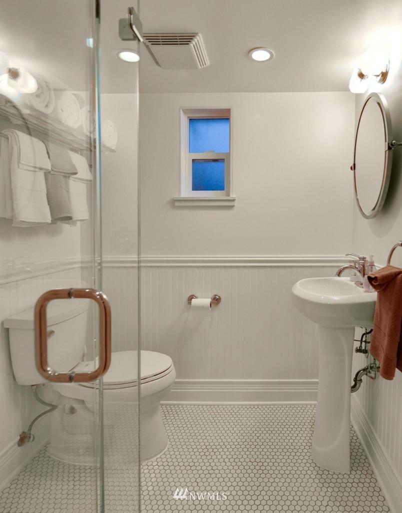 Sold Property | 1113 NE Ravenna Boulevard Seattle, WA 98105 11