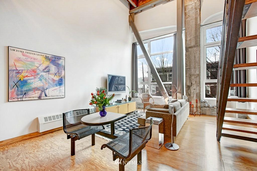 Sold Property | 1505 11 Avenue #202 Seattle, WA 98122 5