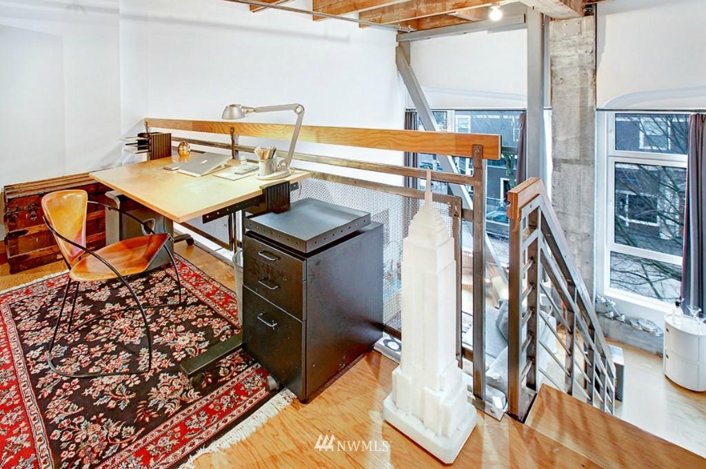 Sold Property | 1505 11 Avenue #202 Seattle, WA 98122 9