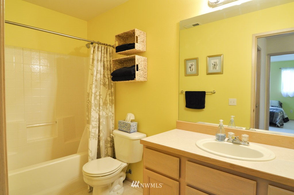 Sold Property | 7024 Autumn Avenue SE Snoqualmie, WA 98065 11